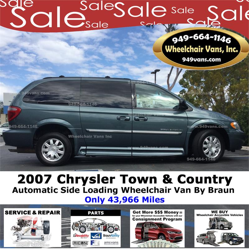 de73f376bd For Sale 2007 Chrysler Town   Country Touring Wheelchair van ...